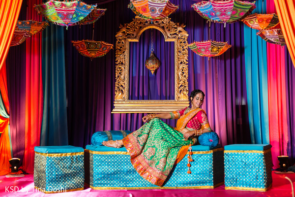 pre-wedding portraits,garba,garba portraits,pre-wedding celebrations,pre-wedding festivities,pre-wedding decor,garba decor