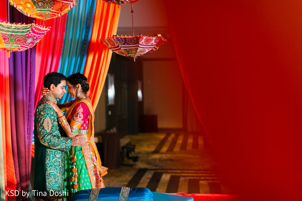 pre-wedding portraits,garba,garba portraits,pre-wedding celebrations,pre-wedding festivities