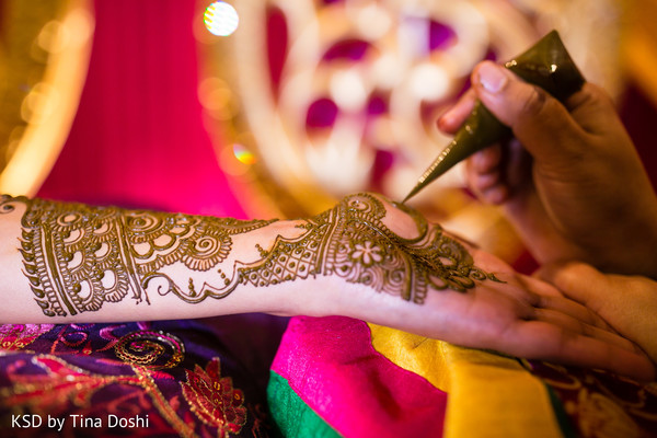 mehndi,mehndi party,mehndi night,pre-wedding ceremonies,pre-wedding ceremony,pre-wedding celebration