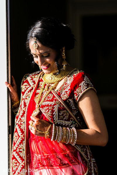 indian bride,bridal portrait