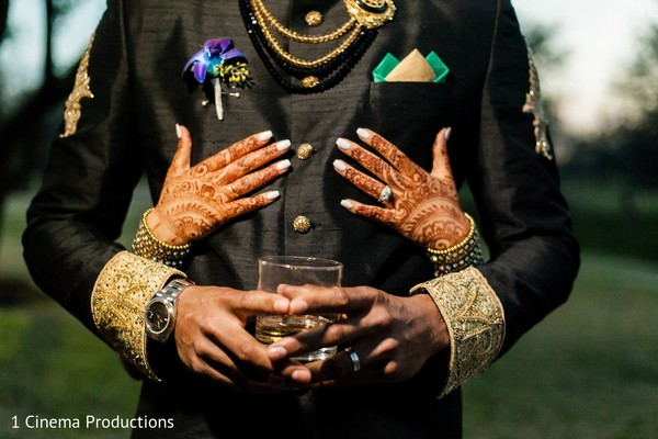 reception portraits,indian wedding reception,groom fashion,sherwani