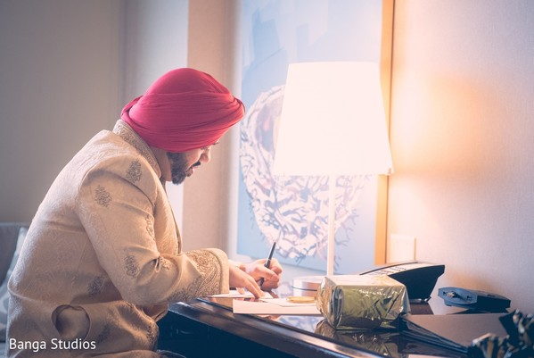 Groom Getting Ready in Jersey City, NJ Sikh Wedding by Banga Studios
