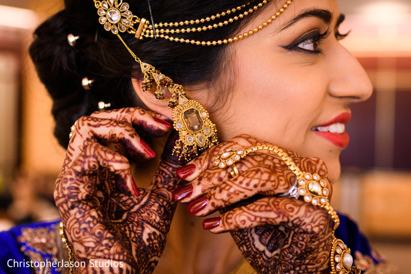 Getting Ready in Potomac, MD Indian Fusion Wedding by ChristopherJason Studios