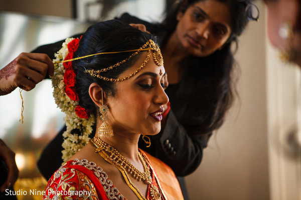 Getting ready in Philadelphia, PA Indian Fusion Wedding by Studio Nine Photography