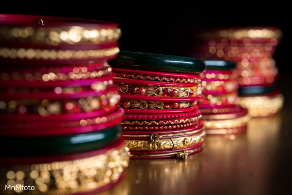 indian wedding bangles,bangles,wedding bangles,indian bridal bangles,churis,bridal churi,jewelry