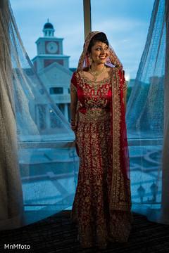 indian bride,indian bridal,indian bridal portrait,red wedding lengha,red bridal lengha,red lengha,red lehenga,bridal fashions
