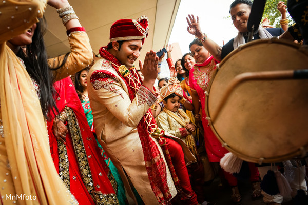 Baraat in Sugar Land, TX Indian Wedding by MnMfoto