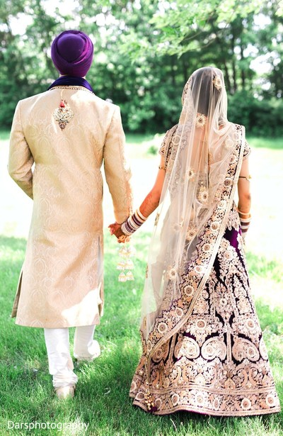 first look,first look portraits,sikh wedding,dupatta