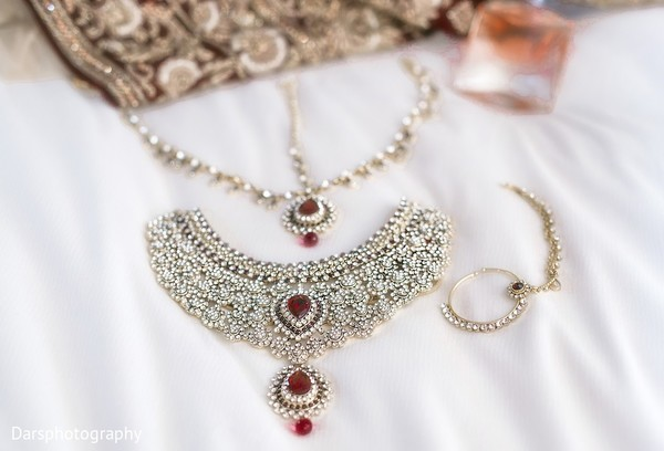 Bridal Jewelry in Downers Grove, IL Hindu-Sikh Fusion Wedding by Dars Photography