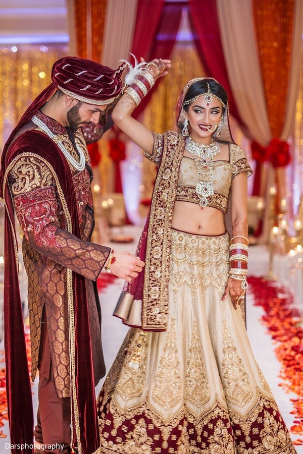 first look,first look portraits,indian wedding,wedding lengha,bridal lengha,lengha,indian wedding lengha,lehenga,wedding lehenga,bridal lehenga,bridal fashions