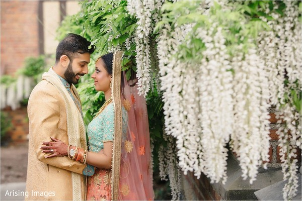 First look in Detroit, MI Indian Wedding by Arising Images