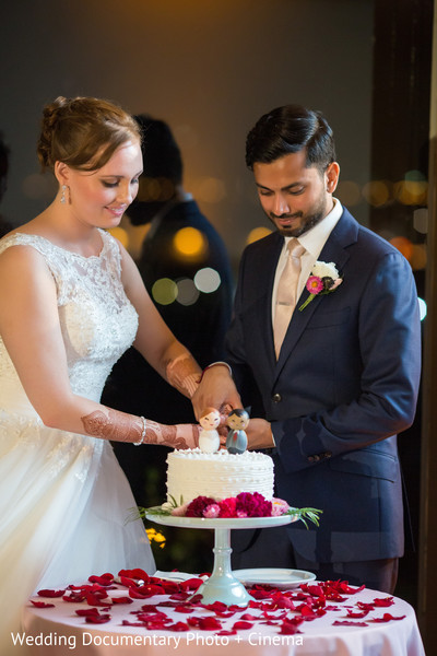 indian wedding reception,wedding reception,reception,cutting the cake