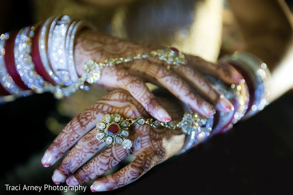 Getting Ready in Durham, NC Sikh Wedding by Traci Arney Photography