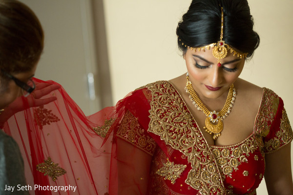 Getting Ready in Carle Place, NY Indian Wedding by Jay Seth Photography