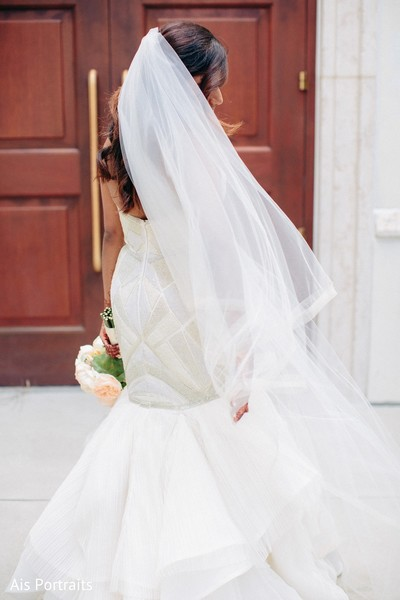 white wedding dress,white wedding gown,wedding gown,bridal fashion