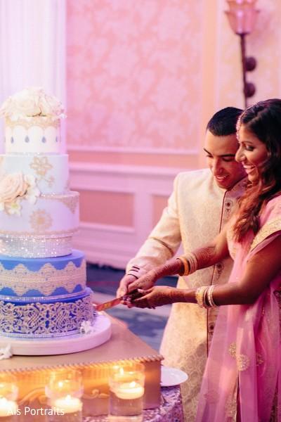indian wedding reception,reception fusion wedding,fusion indian wedding,cake cutting