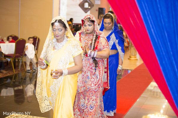 indian wedding,ceremony,hindu ceremony