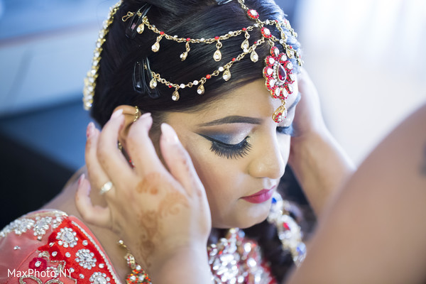 Getting ready in New York, NY Indian Wedding by MaxPhoto NY