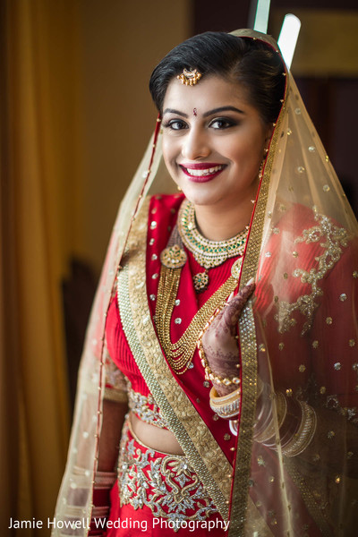 Getting ready in Charlotte, NC Indian Wedding by Jamie Howell Wedding Photography
