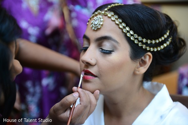 Getting Ready in Woodbury, NY Indian Wedding by House of Talent Studio