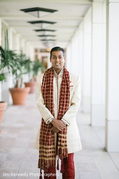 sherwani,groom fashion,indian groom