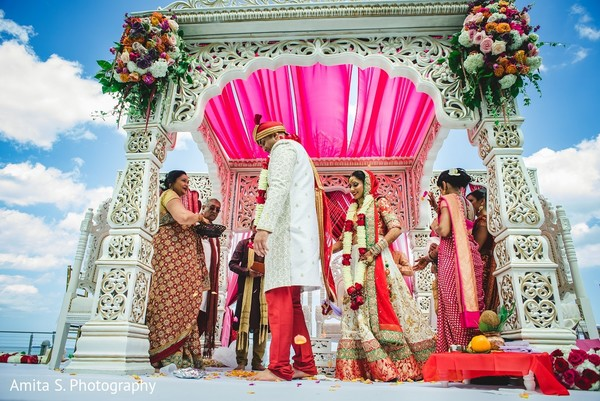 indian wedding ceremony,ceremony,south asian wedding,south asian wedding ceremony,outdoor wedding