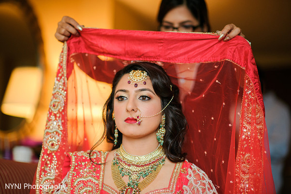 Getting ready in Bridgewater, NJ Indian Wedding by NYNJ Photography