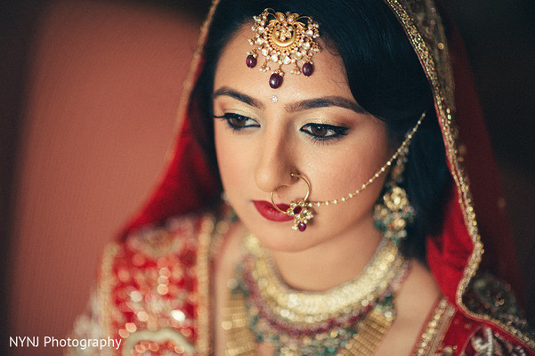 Indian bride in Bridgewater, NJ Indian Wedding by NYNJ Photography