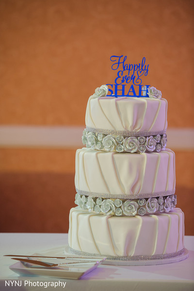 Wedding cake in Bridgewater, NJ Indian Wedding by NYNJ Photography
