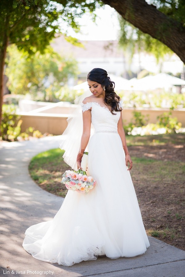 Bridal Fashion in Yorba Linda, CA Indian Wedding by Lin & Jirsa Photography