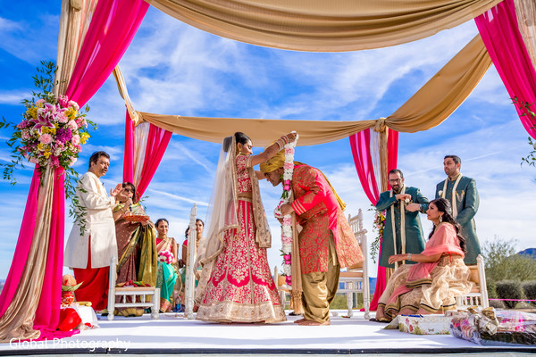 outdoor wedding,outdoor wedding ceremony,indian wedding ceremony,hindu wedding,ceremony