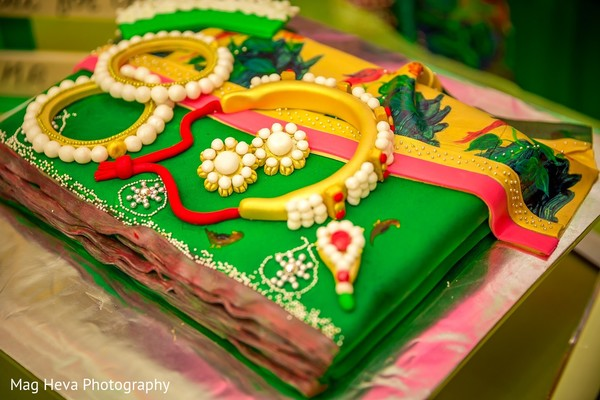 Cakes & Treats in Klang, Malaysia Indian Wedding by Mag Heva Photography