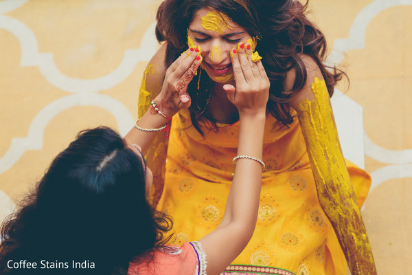 gaye holud,pithi,maiya,maiya ceremony,pre-wedding ceremony,indian pre-wedding,haldi ceremony