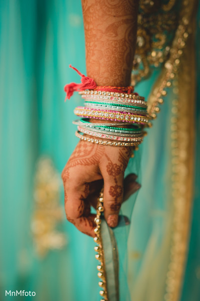 bridal mehndi,bridal henna,henna,mehndi,mehendi,indian wedding bangles,bangles,indian bridal bangles,churis,bridal churi,jewelry
