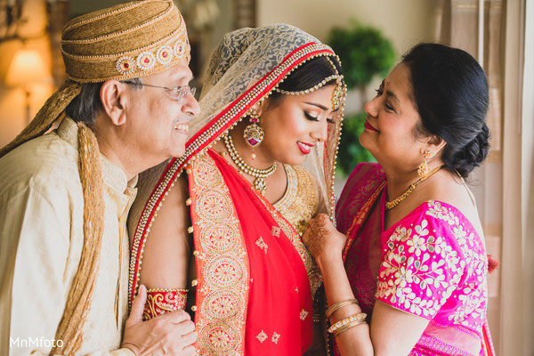 Getting Ready in Dallas, TX Indian Wedding by MnMfoto