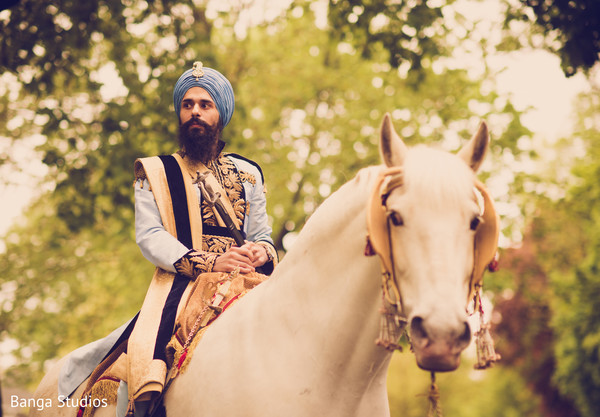 sikh groom,baraat,indian groom,baraat ceremony,indian bridegroom