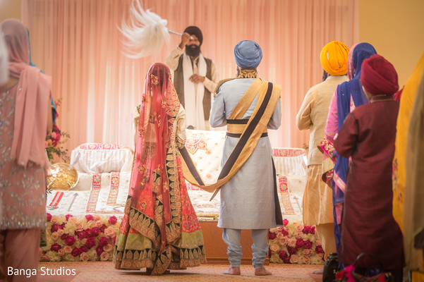 Ceremony in New Rochelle, NY Sikh Wedding by Banga Studios