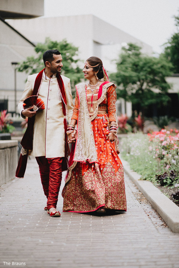 first look portraits,first look,indian wedding,wedding lengha,bridal lengha,lengha,indian wedding lengha,lehenga,wedding lehenga,bridal lehenga,bridal fashions