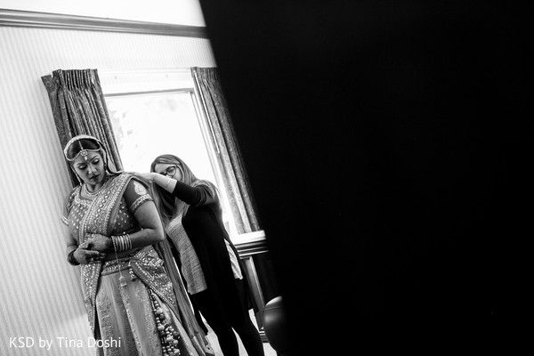 Getting ready in Cleveland, OH Indian Wedding by KSD Weddings