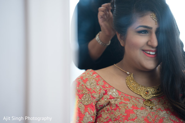 Getting ready in New Rochelle, NY Indian Fusion Wedding by Ajit Singh Photography
