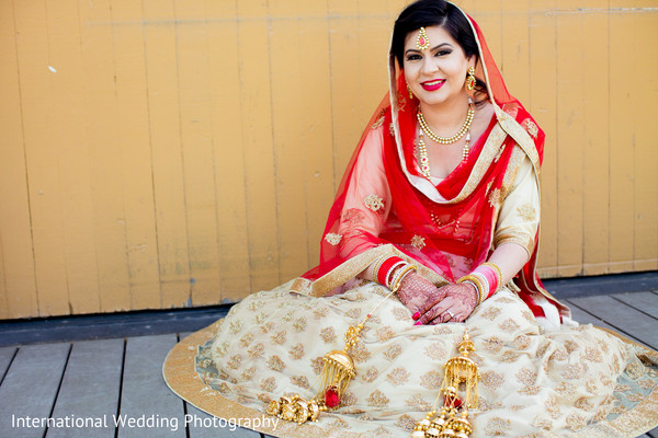 Sikh bride in San Jose, CA Sikh Wedding by International Wedding Photography