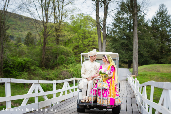 indian wedding ceremony,kiss,golf cart