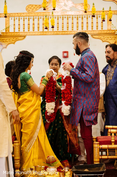 Red jai mala in Somerset, NJ Sikh Wedding by Matei Horvath Photography