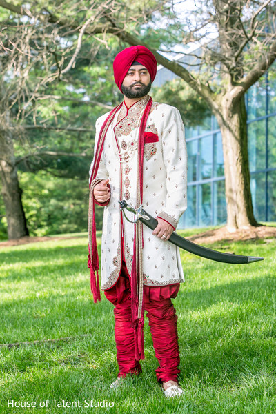 indian groom,groom portrait,sikh groom,groom with kirpan