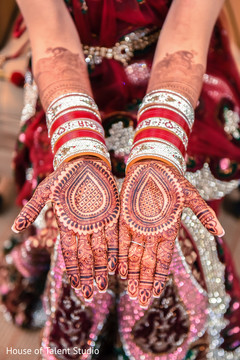 indian bride,bride's mehndi,mehndi,sikh indian wedding