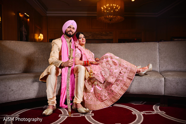 Indian Bride and Groom in Chantilly, VA Hindu & Sikh Wedding by AISM Photography
