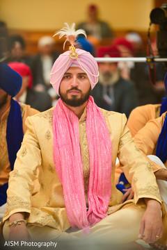 indian groom,groom portrait
