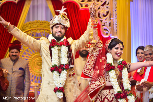 Hindu Wedding Ceremony in Chantilly, VA Hindu & Sikh Wedding by AISM Photography