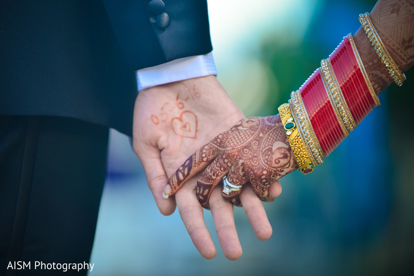Indian Gold Wedding Jewelry in Chantilly, VA Hindu & Sikh Wedding by AISM Photography