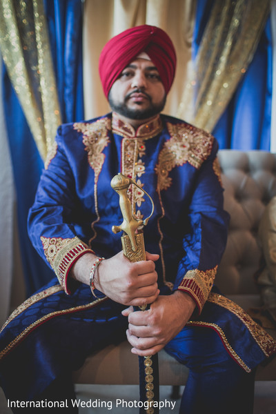 Indian groom in Livingston, CA Sikh Wedding by International Wedding Photography